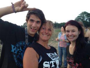 Wacken 2014 - Chris und Britta vom Verkauf der Programmhefte