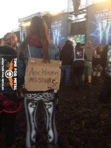 """Wacken 2015 - """"Arschtatzen"""""""