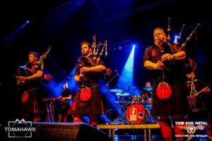 red-hot-chilli-pipers-12-november-2016-time-for-metal