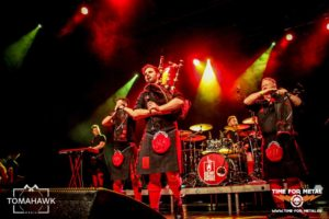 red-hot-chilli-pipers-9-november-2016-time-for-metal